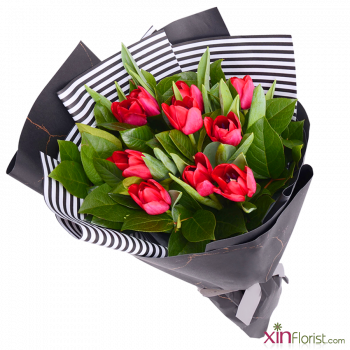 romantic_tulips_bouquet_1032174446_1568321097